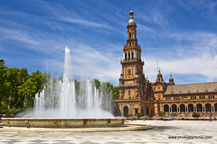Seville-Plaza de Espana (doveoggi) Tags: city fountain spain seville plazadeespana 6282 plazaofspain