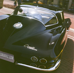 '65 Sting Ray tail (GmanViz) Tags: gmanviz color car automobile detail 1965 chevrolet corvette stingray film analog 120 6x6 mediumformat hasselblad 500cm zeissplanar80mmf28 fujifilm reala