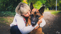 Beaty And The Dog (MHPhotography91) Tags: shooting portrait love couple outdoor boy girl lovers people two beautiful cute lifestyle romantic happy photography kiss relationship together embracing belgium river dog complicity mh canon 50mm 14 mhphotography