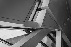 Royal Ontario Museum - Edges and Corners (Stephen Brown - smb51095) Tags: toronto royalontariomuseum architecture design glass triangles interior inside blackandwhite bw sharp points point pointy aggressive inspiration shadows modern modernity modernistarchitecture modernist creative unique canada art light nikon d7200 nikond7200 architectural windows window