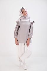 DSCF4249 (bumb2kid) Tags: model fashion hijab xf35mm xf35wr xf35mmf2