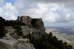 (Giramund) Tags: sicily italy erice rock castle landscape clouds shadow