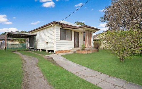 5 Western Avenue, Tarro NSW 2322