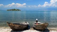 Les barques (Lac de Skadar, Monténégro) (Thibaut Fleuret) Tags: montenegro monténégro travel voyage skadar outside europe balkans