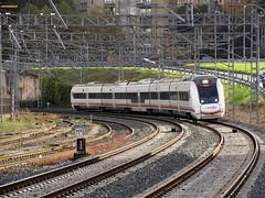 449 (firedmanager) Tags: renfe renfeoperadora railtransport ferrocarril 449 caf besugo automotor train tren trena mediadistancia mitsubishi pasaia