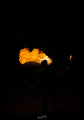 cracheur de feu ('^_^ Damail Nobre ^_^') Tags: favorite paris france color art love canon word french geotagged fun fire photography photo reflex europe flickr gallery noir photographie photos picture best fave flame lumiere passion capitale flamme nuit iledefrance français couleur feu contrejour firebreathing francais artiste 70200mm photographe favoris dfn damail 5dmarkii français wwwdamailfr