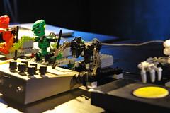 DSC_2932 (Opificio Sonico) Tags: lego drum live sonic robots synth bionicle coron ableton arduino acito amdek opificiosonico toamataband