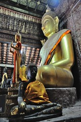 BOUDA D'OR (EXPLORE) (louis.foecy.fr) Tags: temple cambodge religion asie laos pagode bouda