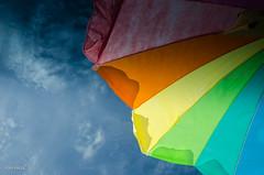 Looking Up! (BGDL) Tags: umbrella florida lookingup parasol sarasota blueskies siestakey siestabeach monthlytheme nikond7000 lightroom4 bgdl flickrlounge usasno1 nikkor18105mm118g