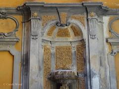 Monserrato 154 (Via) - Palazzo Bossi 03 (Fontaines de Rome) Tags: rome roma fountain brunnen fuente via font fountains palazzo fontana fontaine rom fuentes bron 154 bossi fontane monserrato fontaines viadimonserrato viadimonserrato154 palazzobossi