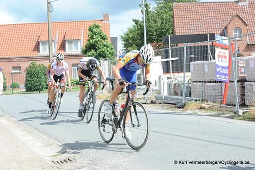 Minderhout (242)