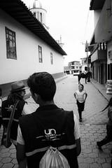 Campamento (David Puerta Carmona) Tags: street city house town casa calle arquitectura colombia day gente pueblo ciudad paisaje da norte antioquia landscapeantioquiaarquitecturagentenortepaisajepueblo