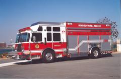 (4011) - 2000 Spartan/Saulsbury Heavy Rescue-Pumper with Heavy Hydraulics