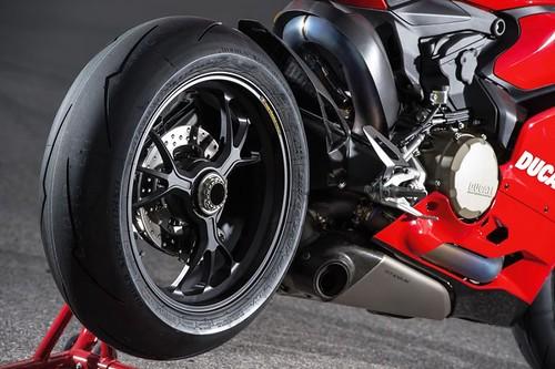 Ducati Panigale R