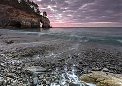 Quiet morning (Traezh) Tags: bretagne breizh finistre brittany sainthernot crique creek plage beach galets crozon morgat matin morning aube dawn seascape sea baie littoral shoreline coastline coast cte