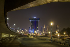 Inntel Hotels Rotterdam Centre by night (R. Engelsman) Tags: inntel hotel rotterdam centre 010 willemsplein leuvehaven netherlands nederland hdr night canon architecture outdoor city stad rotjeknor nl nacht