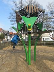 Berliner_Greenville-Combi_Hannover-Menzelstrae (6) (LURKOI Especialistas en Equipamiento Comunitario) Tags: bambus trii2 greenville hdpe splash einstiegsnetz 114879 p24805 bamboo accessnet slide menzelstrae schnabelstrae