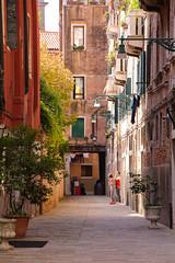 Venice street (Sophai900) Tags: venice venecia venezia italia italian italy street lamp calle europe canon travel photo venedig venesi venise veneti veneza
