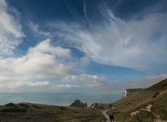 Clouds over Durdle Door (Vince O'Sullivan) Tags: england europe dorset durdledoor outdoor landscape seascape beach path cliff cloud clouds sky blue