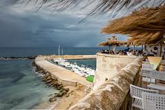 Gallipoli - Puglia (R.o.b.e.r.t.o.) Tags: gallipoli puglia salento mare sea spiaggia beach temporale thunderstorm italia italy le lecce pioggia rain outdoor wind vento people porto port barche boats ristorante pub bar restaurant