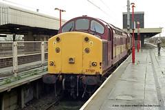 10/12/2000 - Warrington (Bank Quay). (53A Models) Tags: ews class37 37707 diesel warrington bankquay train railway locomotive railroad