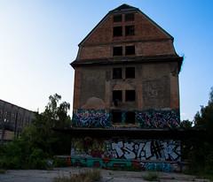 _DSC1274 (Under Color) Tags: leipzig graffiti lost places urban exploring leipsch walls