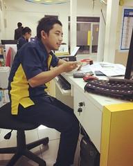 Cm kerja, kerja, dan kerja... #mandirian #bankmandiri #mks (Dreamviewers) Tags: instagramapp square squareformat iphoneography uploaded:by=instagram rise