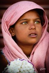 Green Eyes (Riccardo Maria Mantero) Tags: mantero riccardomantero riccardomariamantero eyes girl green india ladakh look people travel woman