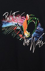 Pink Floyd The Wall Graphic Tee Shirt (itstayedinvegas-4) Tags: graphicteeshirts music pinkfloyd