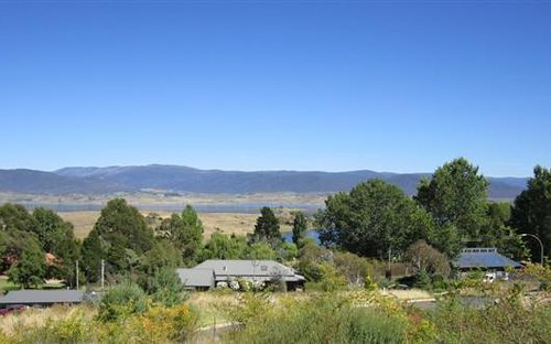 11 Acacia Place, East Jindabyne NSW 2627