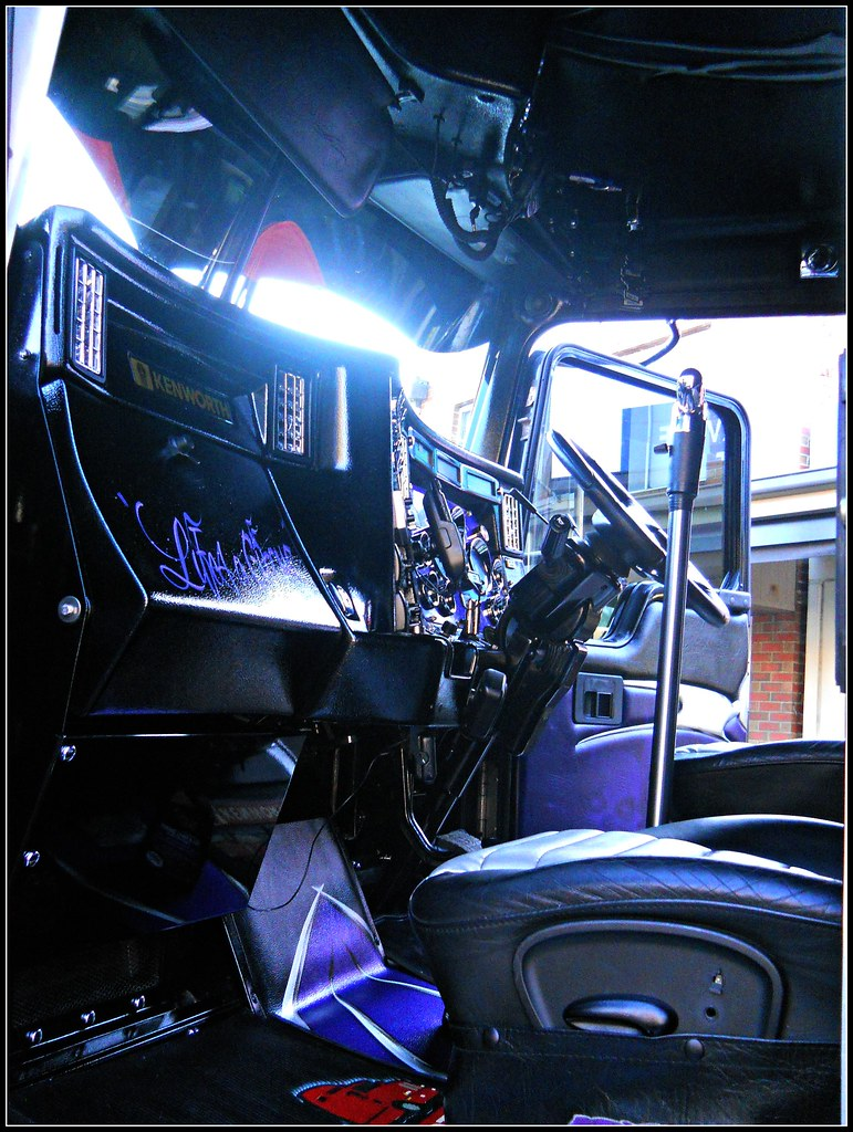 Led Lights For Semi Trucks >> The World's Best Photos of interior and kenworth - Flickr ...