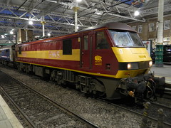 90039_02 (Adam_Lucas) Tags: electric edinburgh bobo locomotive 90039 ews class90