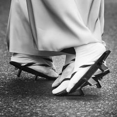 AWA ODORI (The Dance Of The Fools) (ajpscs) Tags: street summer bw blancoynegro festival japan japanese tokyo blackwhite nikon streetphotography monochromatic  nippon  blkwht grayscale  matsuri d300 natsu  seasonchange  monokuro ajpscs thedanceofthefools tokyo japan    kanagawayamatoawadance