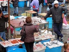 IMG_0553 - mercato del pesce (molovate poco presente) Tags: street candid streetphoto mercato catania pescatore pesce capone orata baccal gambero triglie rubata pescivendolo fotodistrada tafme uope orataolo