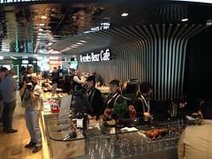 Mercedes Benz Caf (retailfood.it) Tags: rome roma bar restaurant airport fb aeroporto mercedesbenz caff fiumicino caf autogrill leonardodavinci foodbeverage
