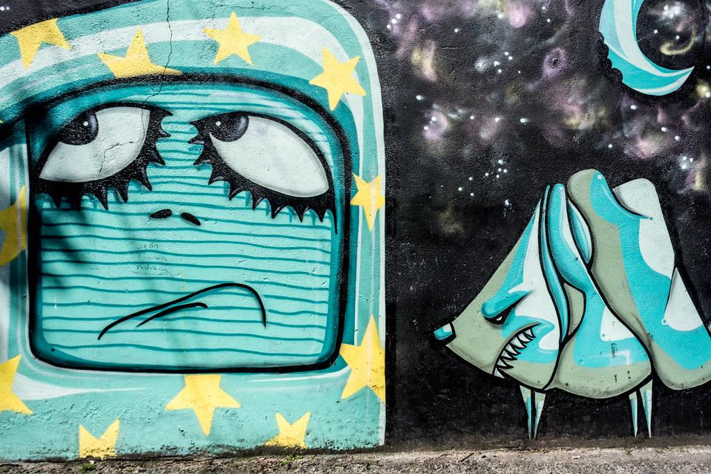 STREET ART IN DUBLIN - CABRA PARK URBAN GALLERY [A REALLY UGLY LANE]-104071