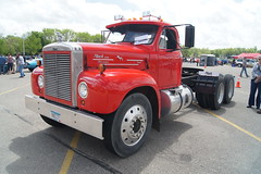 1961 Mack B-75 Themodyne Diesel Truck (DVS1mn) Tags: show cars car wcc swap meet carshow willmar 2015 wilmar willmarcarclub willmarcarshowswapmeet2015