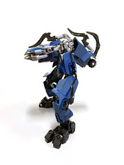 Tactically Gracile Drone 3 (Ballom Nom Nom) Tags: bionicle lego robot cyclops drone