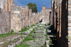 Pompei ruins (Mikey Down Under) Tags: pompei pompeii ruins naples city ancient cobbled street alley stepping stones