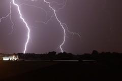 (66Colpi) Tags: fulmine lampo saetta energia elettrica scaricaatmosferica notte cielo temporale