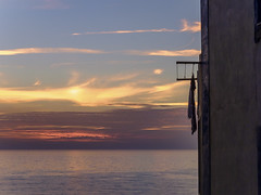 2721-2016-BR (elfer) Tags: puestasdesol cielo agua mar paisaje ropatendida ericeira portugal
