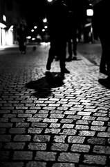 Black night (Claudio Taras) Tags: claudio contrasto taras trier bw bokeh biancoenero black nikon night monocromo monochrom street streetshot shadow