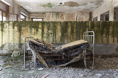 Preventorio Rocco (Jonnie Lynn Lace) Tags: abandoned abandoneditaly abandonedhospital ruins modernruins derelict decay decayed decaying chasinglight abandonedbed bed moss naturetakesover italianruins peelingpaint paintchips proventorio sanatorium mood house