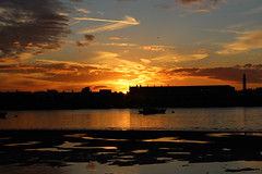 Sunset over Fleetwood taken this evening from Knott End Golf Club (alsimages1 - Thank you for 860.000 PAGE VIEWS) Tags: sunset sunrise golden hour river boats sunray sailing