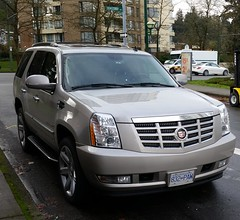 Cadillac Escalade (D70) Tags: the cadillac escalade is fullsize luxury suv engineered manufactured by