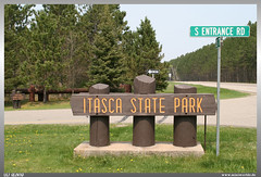 Itasca State Park (uslovig) Tags: itasca state park minnesota mn usa south entrance road rd sign schild street strase bume baum tree trees see wasser water lake mississippi head headwaters