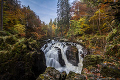 In the Heart of the Forest (Kyoshi Masamune) Tags: thehermitage dunkeld autumn water wideangle ultrawideangle kyoshimasamune scotland perthshire perthandkinross riverbraan tayforestpark braan blacklinnwaterfall blacklinnfalls longexposure cokinfilters cokinnd8 nd8 waterfalls hdr highdynamicrange uk