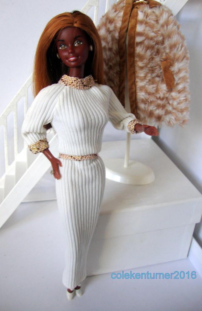 Superstar Christie Doll 1977 in Barbie 1979 Designer Originals