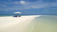 an island paradise of Palawan #bestislandintheworld #amanpulo #palawan #philippines #travelphotography #travel #mrexpatstravel www.mrexpatstravel.com (aj_bluo1) Tags: bestislandintheworld amanpulo palawan philippines travelphotography travel mrexpatstravel