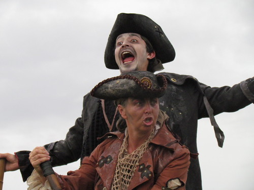 Capitan Flint y Billy Bones